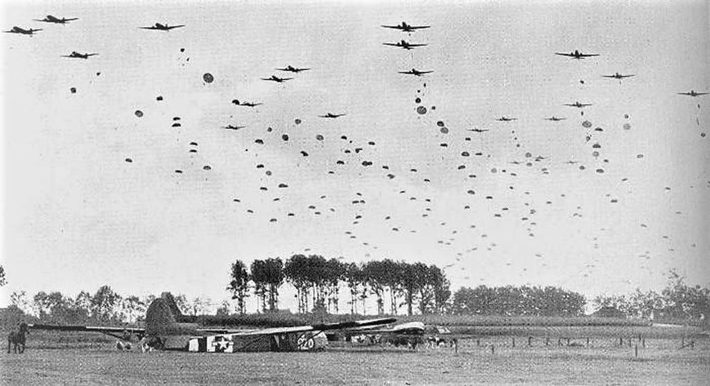 Paratroopers and Gliders