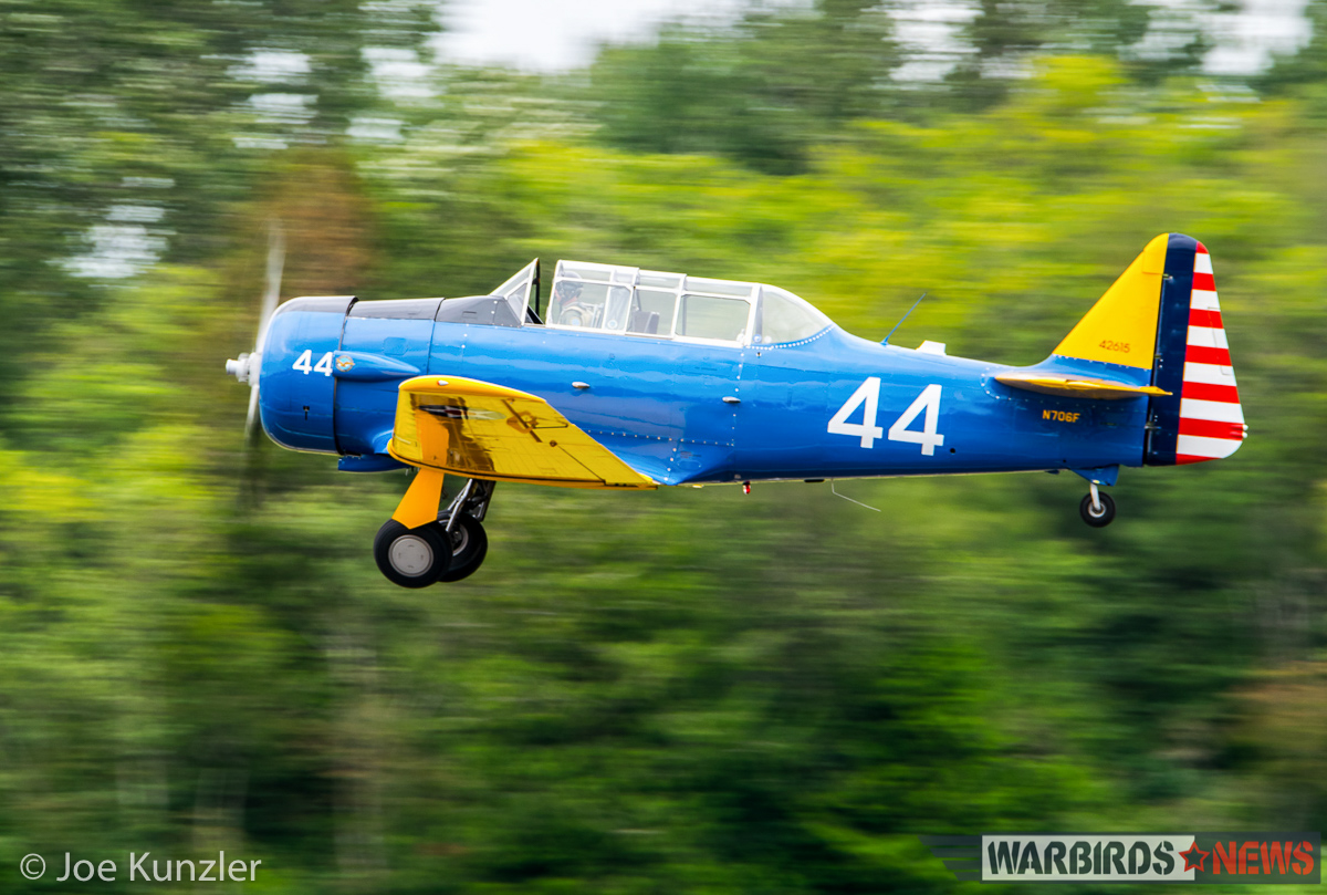Rising T-6F from Skagit Regional on missing man duty. (photo by Joe Kunzler)