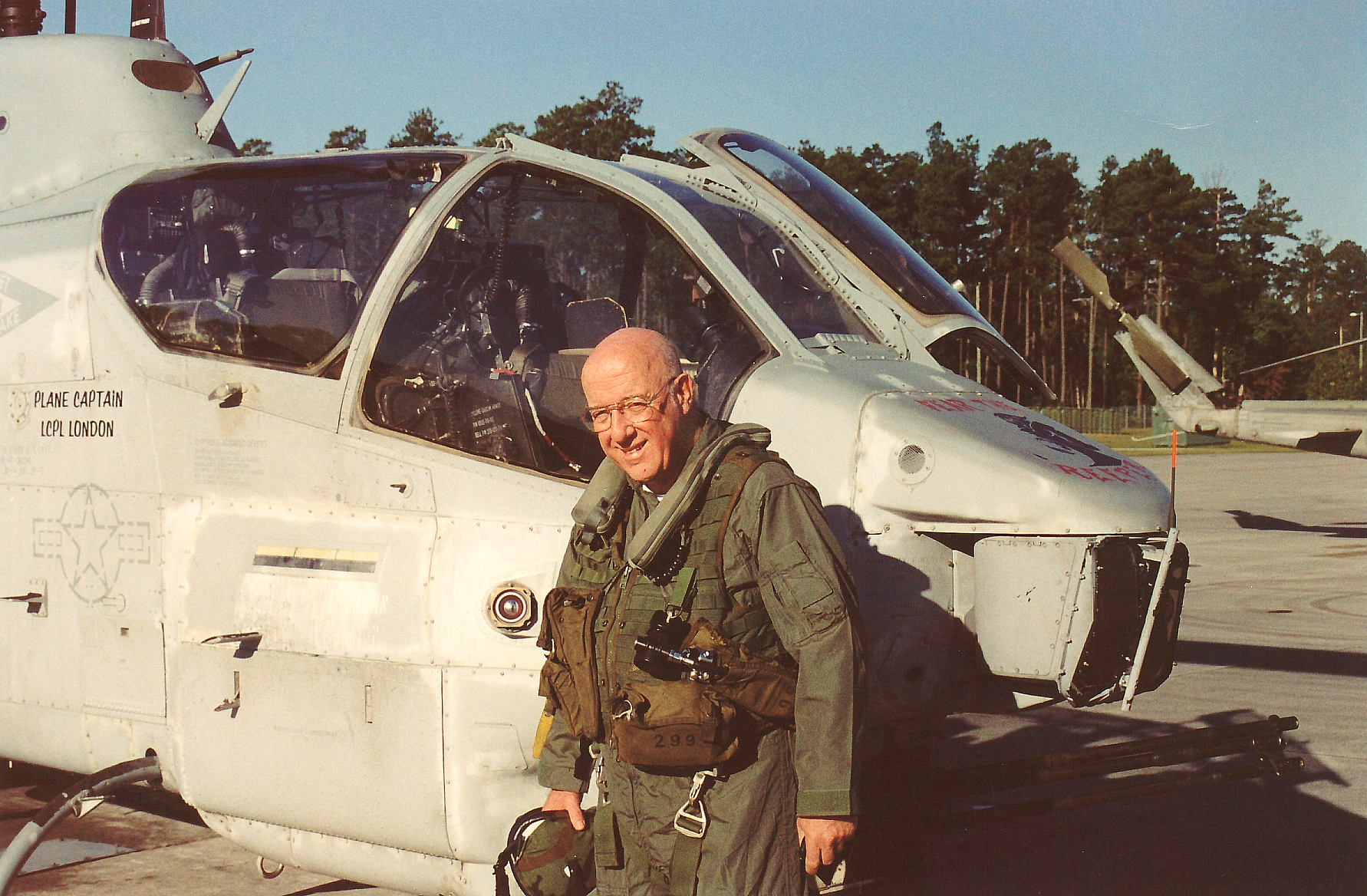 Robert F. Dorr about to take a ride in a Bell AH-1W Super Cobra in October 2003. (photo via Robert F. Dorr)