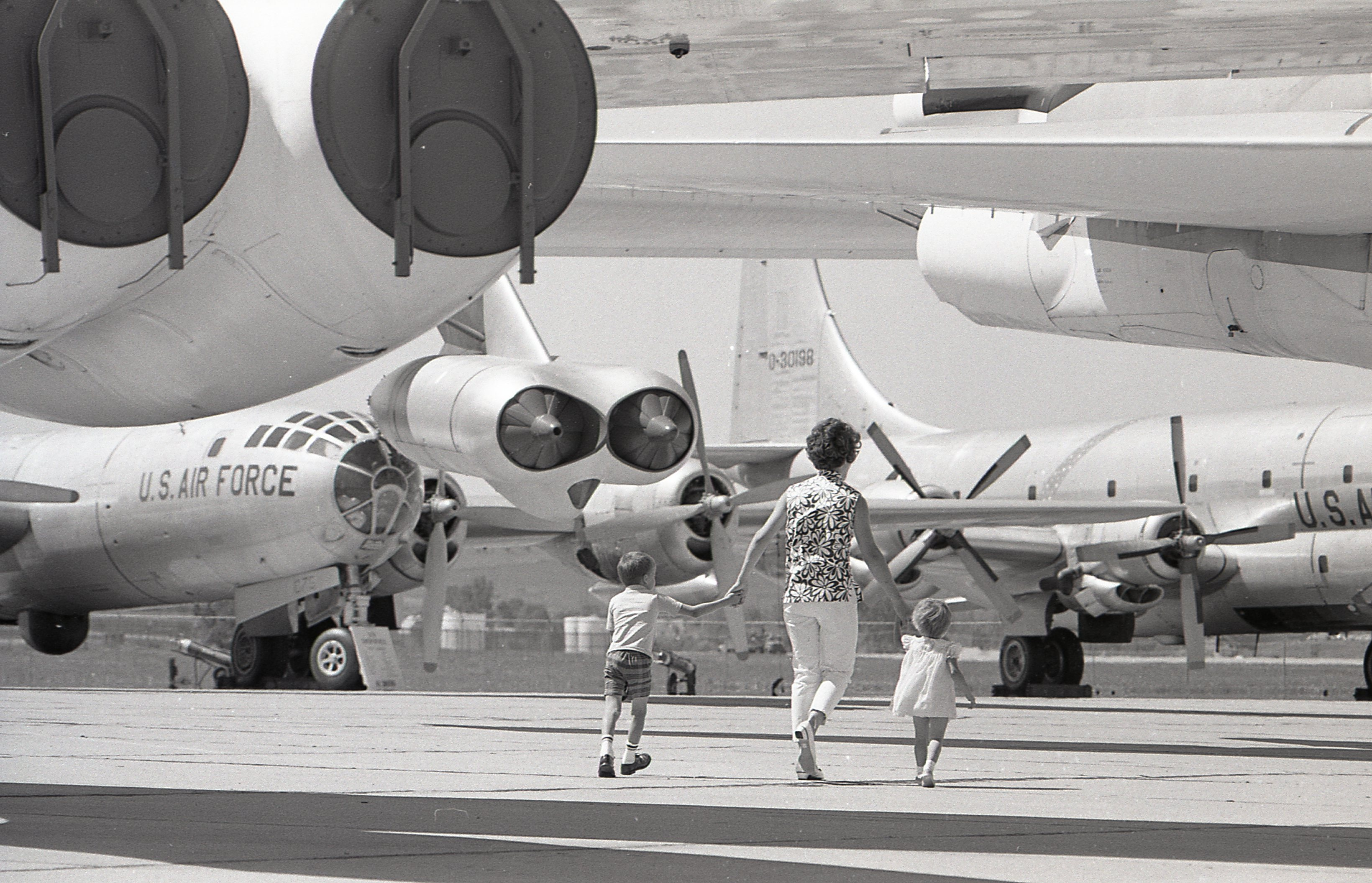 A vintage image showing the Strategic Air & Space Museum's aircraft as they once were... outside. (photo via SAC Museum)
