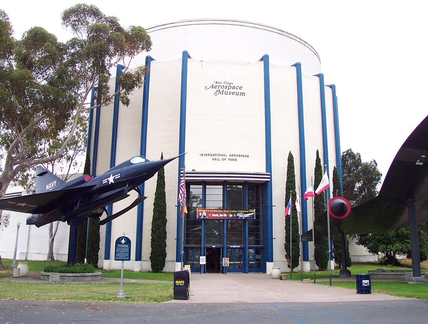 San_Diego_Aerospace_Museum_Entrance