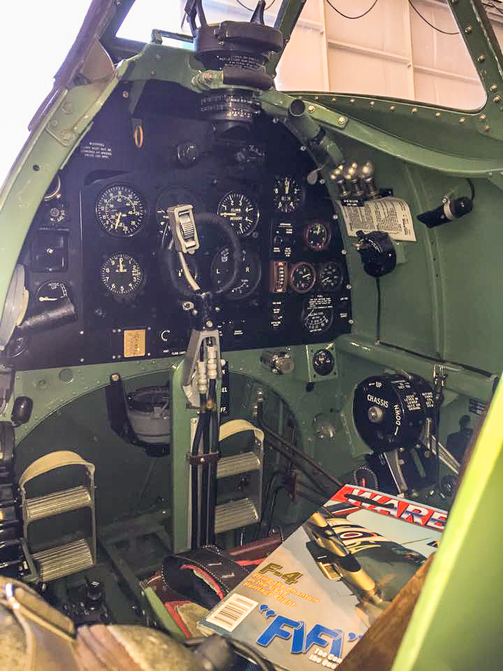 MK959's immaculate cockpit, with a copy of the Warbird Digest magazine featuring her on the cover! (photo by Moreno Aguiari)