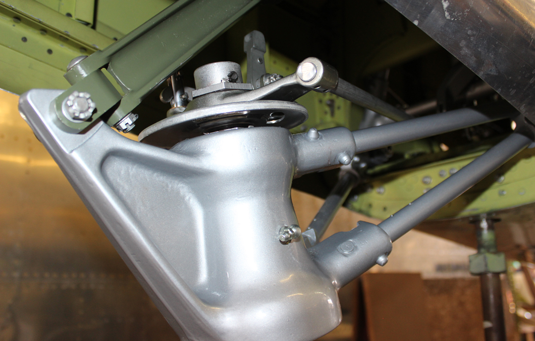 Tail wheel lock and steering plate. (photo via Tom Reilly)