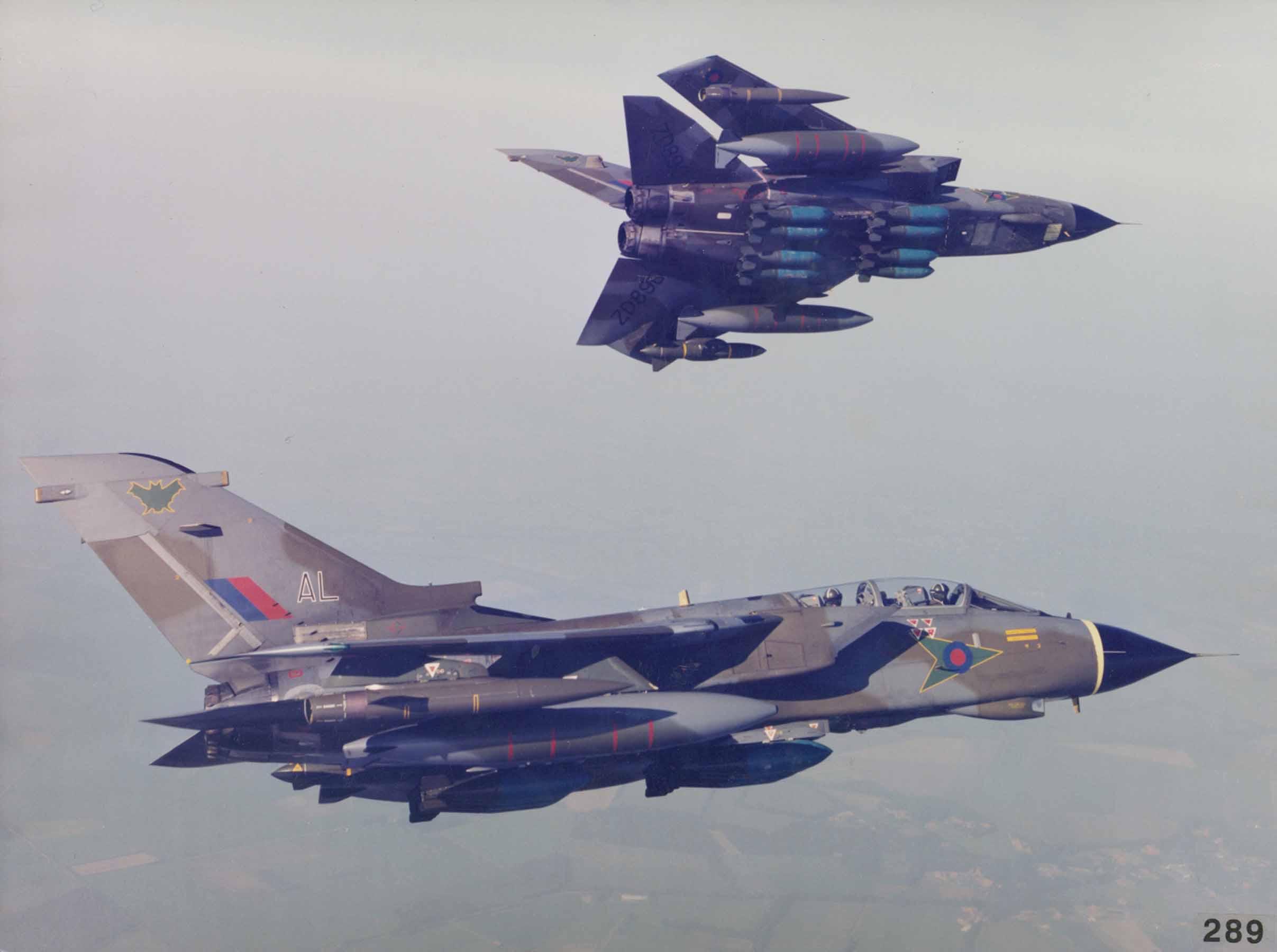 Two_Panavia_Tornado_GR1_of_No.9_Squadron