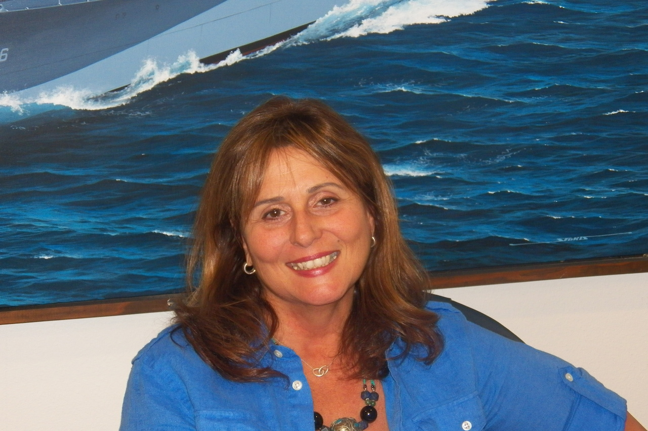 Victoria Cracknell Palm Springs Air Museum's New Development Manager