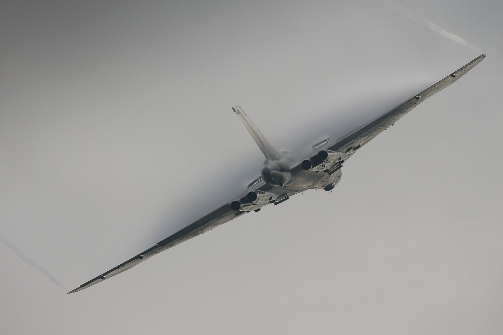 Pulling vapor, the XH558 thrills the crowd at the former RAF Finningley. (photo by Steven Comber)