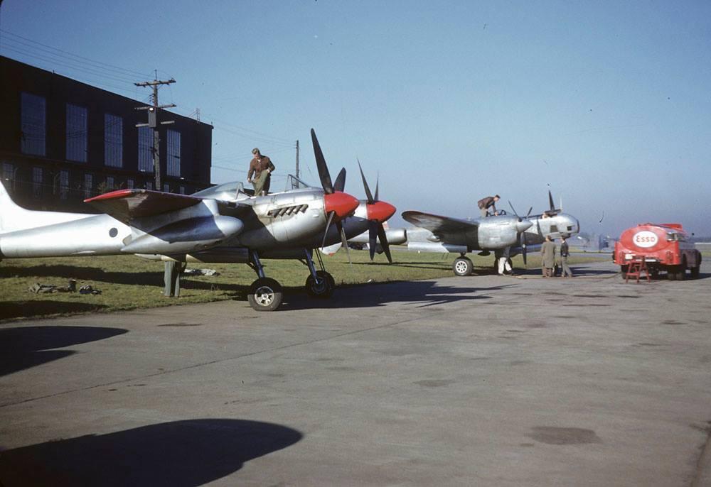 de Havilland Sea Hornet TT193 while with Spartan Air Services, alongside a P-38 which they also owned. (photo via Richard de Boer)