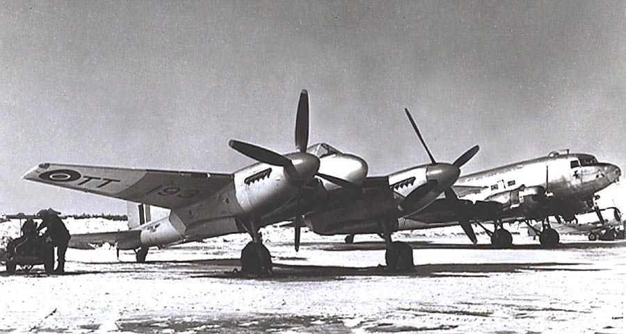 Sea Hornet TT193 during her cold weather trials in Canada in 1948/49. (photo unknown source)