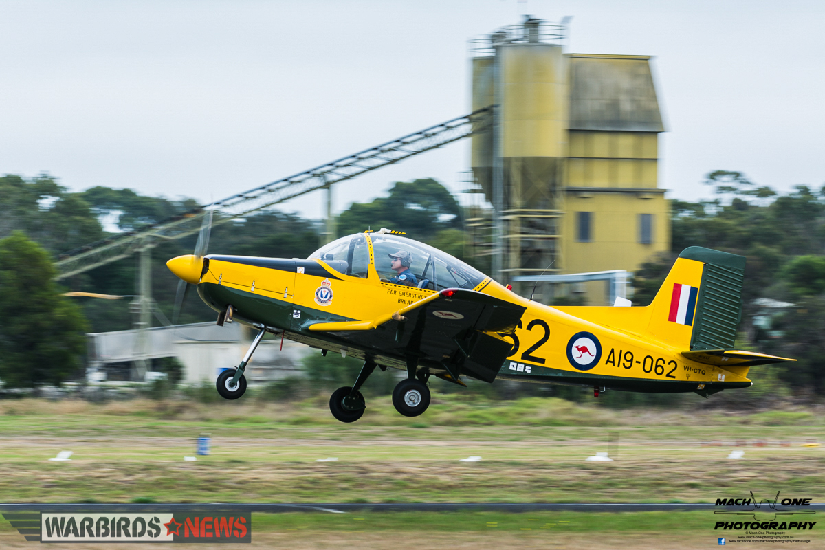 A CT-4 from the RAAF Heritage Trainers takes off for its display. (photo by Matt Savage)